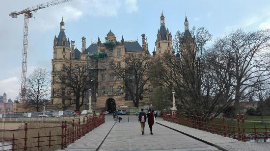 Brücke Zum Garten Picture Of Schwerin Castle Schweriner Schloss