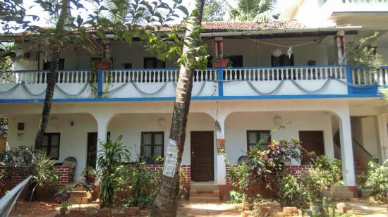Joanita guest house prices reviews goa baga tripadvisor for Guest house in goa with swimming pool