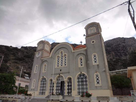 Spili, Yunani: Церквушка на выезде из Спили