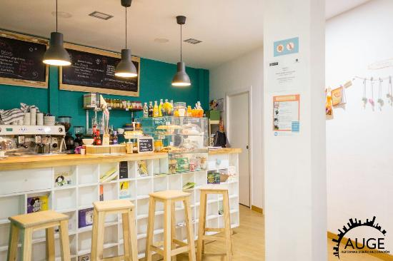 Cafeteria Dando La Nota
