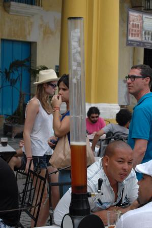 Plaza Vieja: Beer tower, to share with friends.