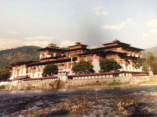 Punakha District, Bhutan: Punakha was the old Capital of Bhutan for about 300 years.After 1955, Thimphu replaced Punakha.