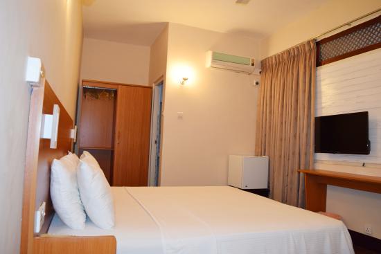 Tropic Inn Hotel: Double Room