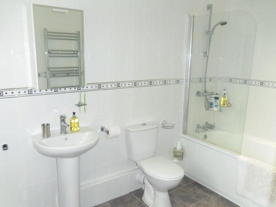 The Meadows Bed and Breakfast Lyndhurst: Superior Room Bathroom