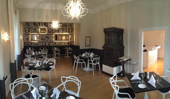 Restaurant 1718