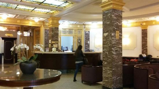 โรงแรมอิมพีเรียลคอร์ท: 20160412_154019_large.jpg