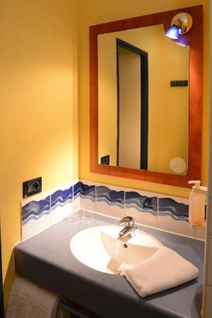 Hôtel Altica Anglet : Salle de bain