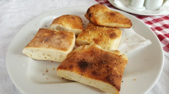 Restaurant & Pizzeria Gurra