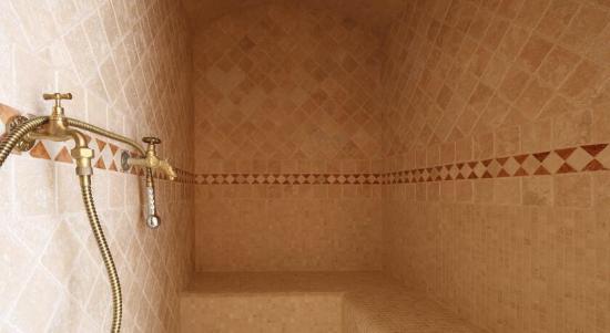 Bagno turco, sauna, e camera al 1 piano. - Picture of Bed & Wellness ...