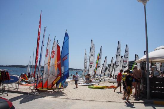 Cannes Jeunesse - Base Nautique du MOURRE ROUGE