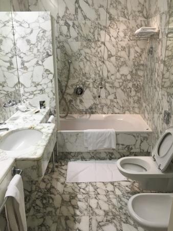 Parkhotel Laurin: photo3.jpg
