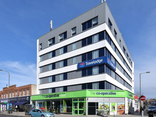 ‪Travelodge London Raynes Park‬