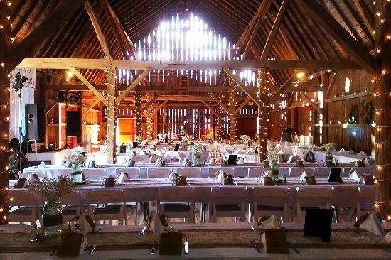 Justin Trails Resort Elegant Barn Wedding Venue Set Up For Dinner Capacity 200