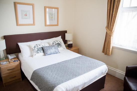 Hotel Elizabeth : Bedrooms