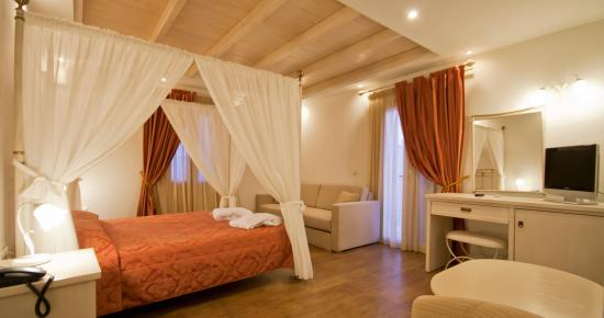 Aeolis Boutique Hotel: Honeymoon Suite View
