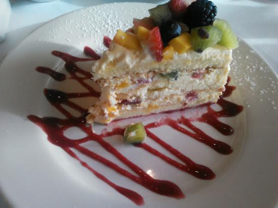 Arlington, Вашингтон: Mousse Cake Desert