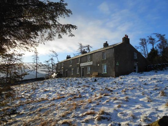 YHA Skiddaw House: Skiddaw House in the snow
