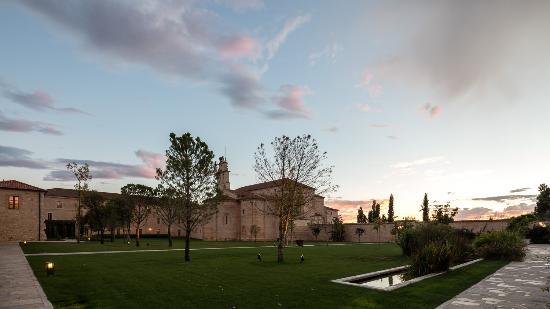 Sardon de Duero, İspanya: Outdoor Abbey