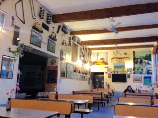 Hostel Archi Rossi: dining area