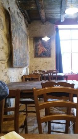 Parthenay, فرنسا: 20160415_134954_large.jpg