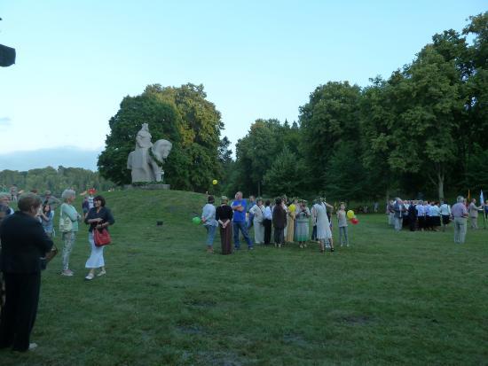 Birstonas, ليتوانيا: Празднование дня коронации князя Миндаугаса.