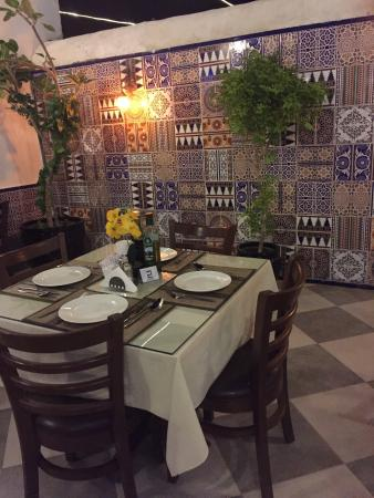 Al Wakra, Catar: Lovely evening at Dar Tunis, very authentic!