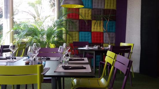 Déco façon jardin d\'hiver - Photo de Restaurant LE YUCCA, Perpignan ...