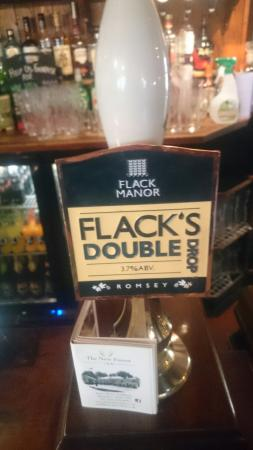 The New Forest Inn: Nice local beer on tap
