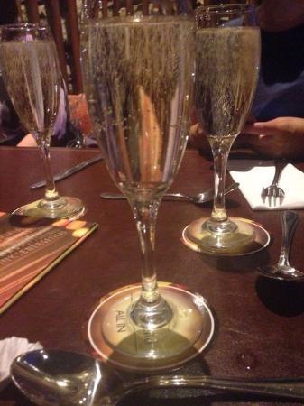 San Francisco de Mostazal, Chile: Champaña