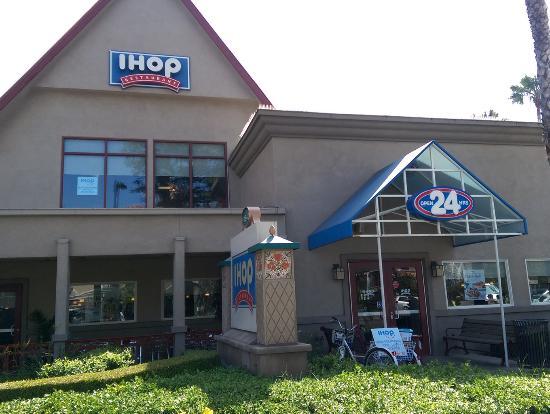 Anaheim, CA: IHOP