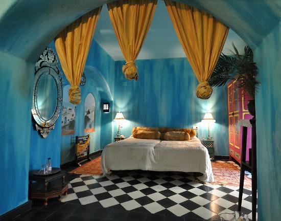 Hotel Utopia