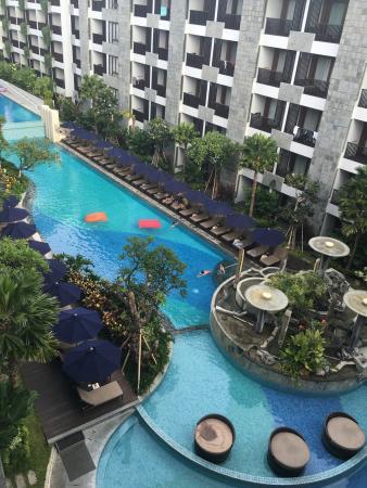 Pool - Courtyard by Marriott Bali Seminyak Resort Photo