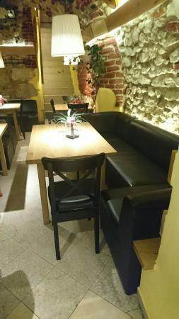 Crea Art Cafe