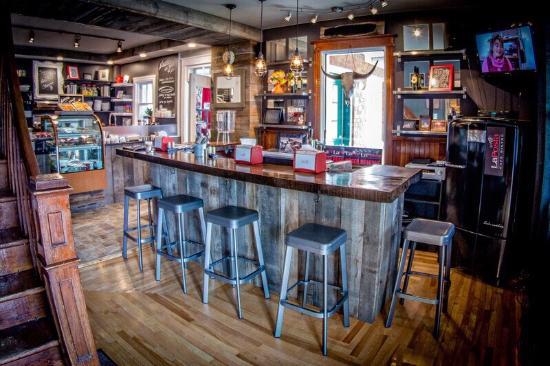 Coteau-du-Lac, Kanada: La Posta café Situé au cœur de Côteaux du lac  Endroit magnifique à découvrir