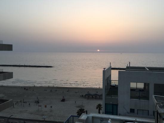photo0 jpg picture of the savoy tel aviv sea side tel aviv rh tripadvisor ie