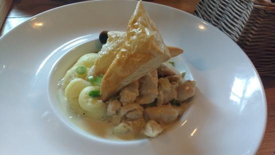Ormesby St. Margaret, UK: Chicken Open Pie
