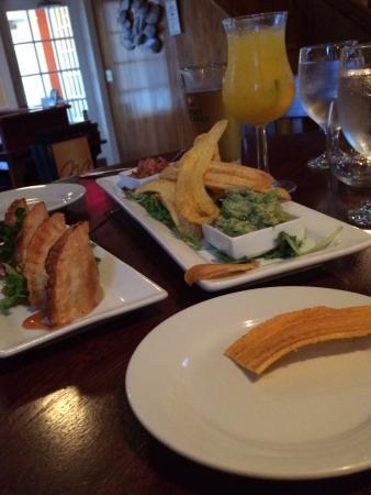 Melaza Bistro: Tapas for dinner - you bet!