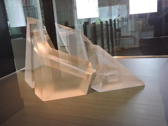 Sarjeant Gallery : Glass Sculpture - Emma Camden