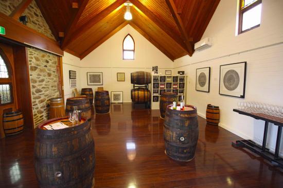 McLaren Vale, Australia: Cellar Door interior
