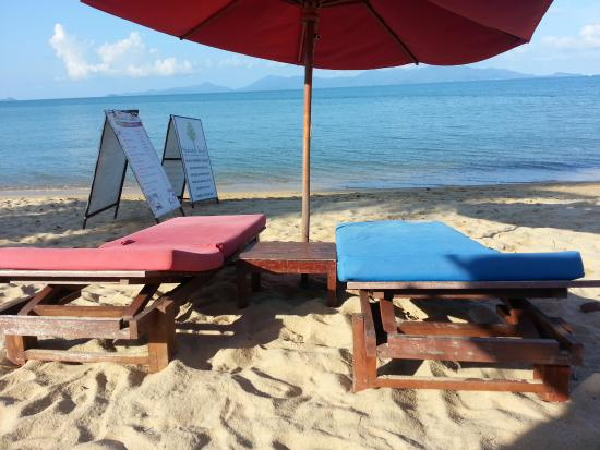 Hacienda Beach Resort: great view from the loungers