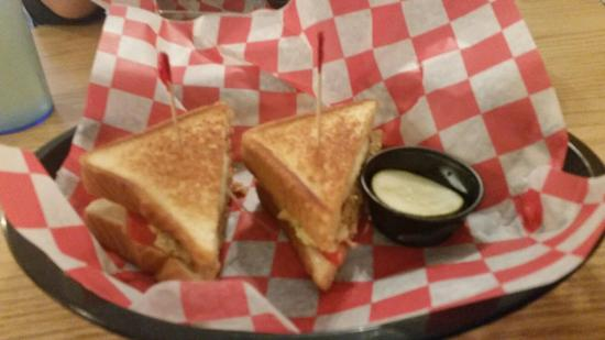 The Grilled Cheese and Crab Cake Co. : 20160415_191315_large.jpg