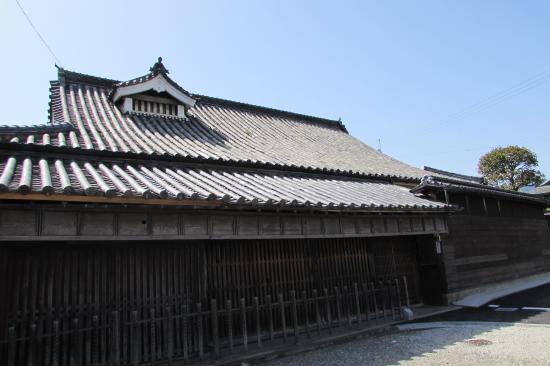 Kuriyama Family Residence