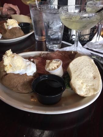 Florence, CO: Quincys Steak & Spirits