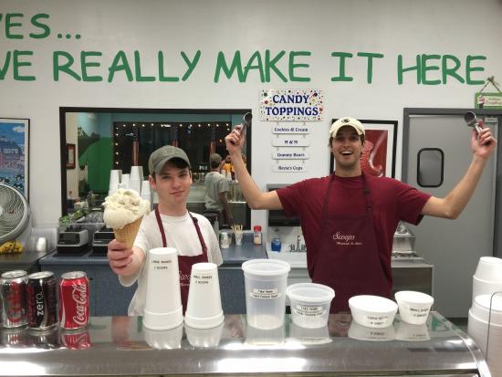 Scoops Ice Cream: photo0.jpg