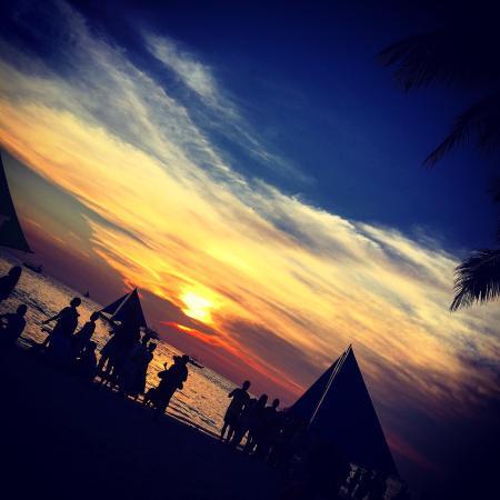 The District Boracay: photo0.jpg