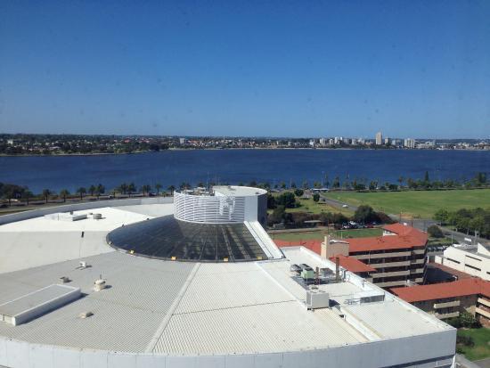 Fraser Suites Perth: Swan River