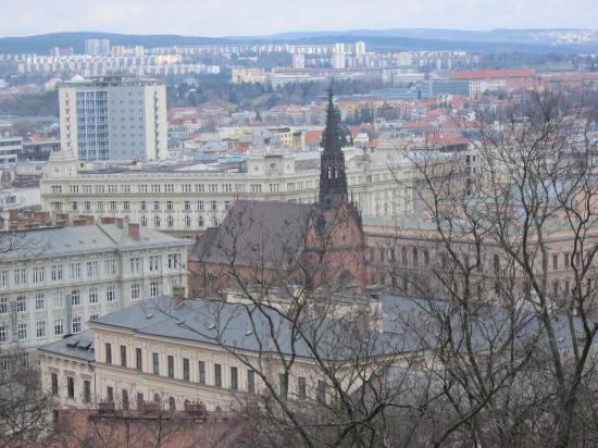 Brno, Çek Cumhuriyeti: Башня костела видны издалека