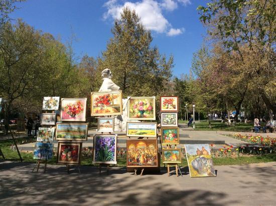 Painter's Vernissage