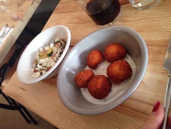 Balls: Boulette poulet et salade lentilles feta