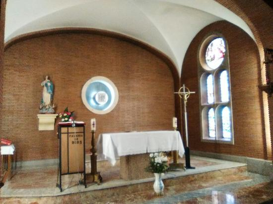 Iglesia la Virgen Peregrina